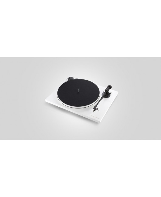 The Magic Triangle Wireless Turntable Package - LN01A+Project TT